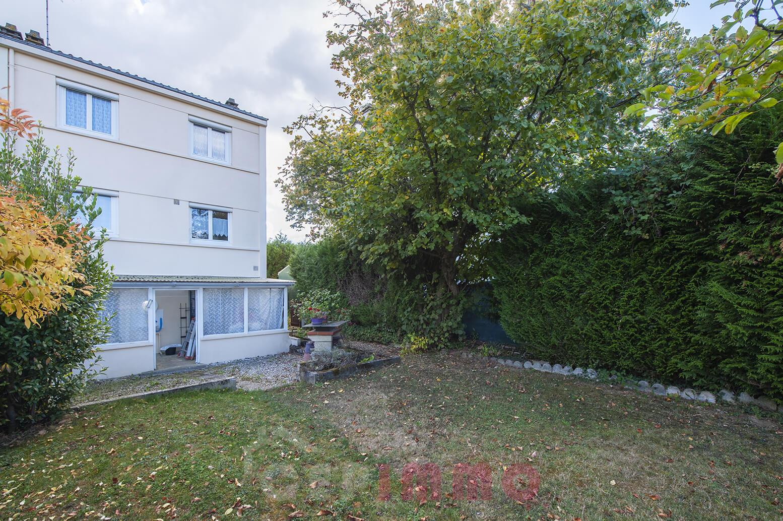 Maison 4 pièces 85m2 à LA QUEUE EN BRIE (94510)