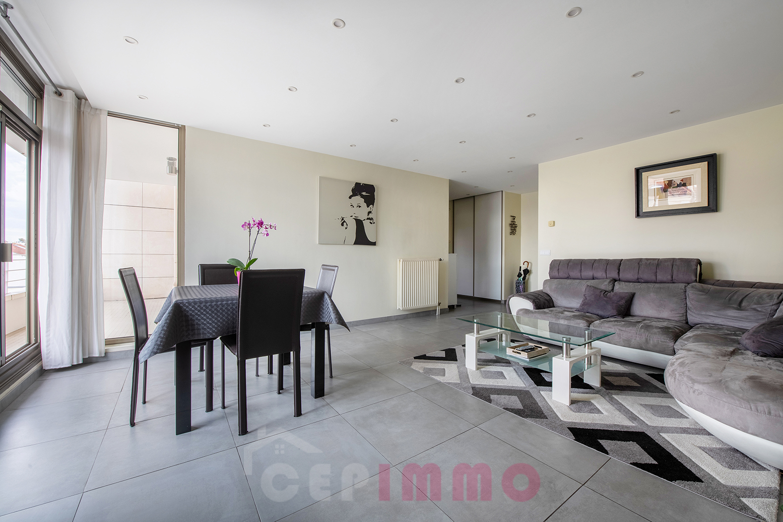 Appartement 5 pièces 87m2 à JOINVILLE LE PONT( 94340)